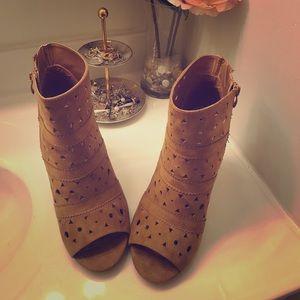 Size 11 Torrid open toes booties